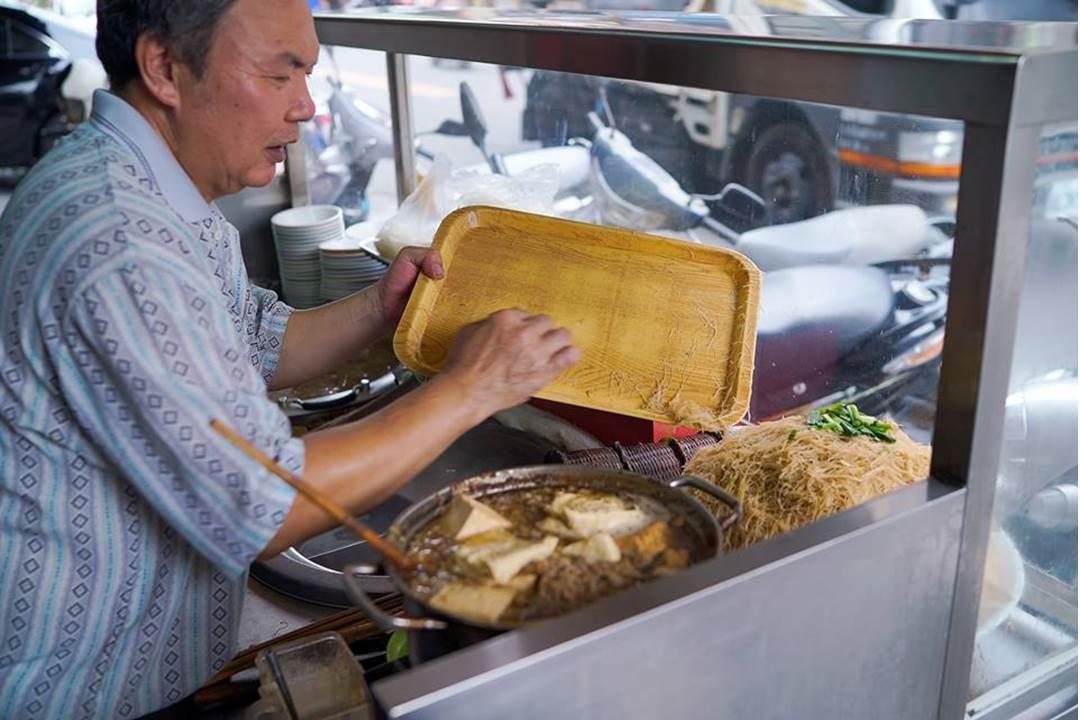 明祥麵攤-05-妳好南搞