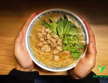 papa-vegetarian-noodles