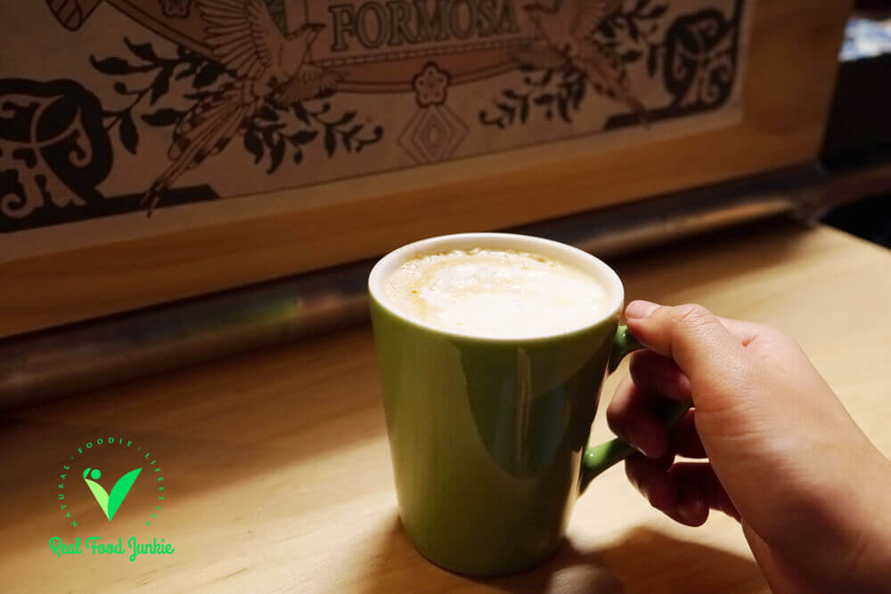 papa-vegetarian-plant-based-latte