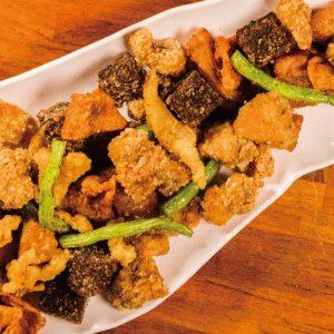 鹽酥雞   精選台南四家鹹酥雞店,宵夜就愛吃這一味!